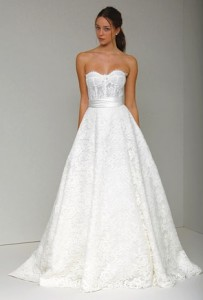 Carrie underwoods monique lhuillier wedding gown is a corset bra image junglespirit Choice Image